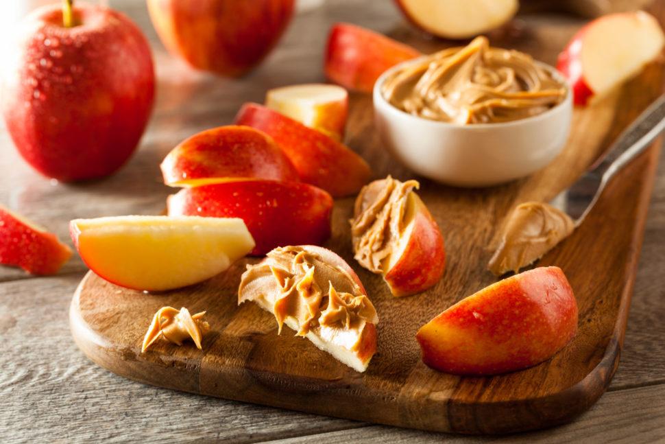 Jablko s ořechovým máslem podle Metabolic Balance