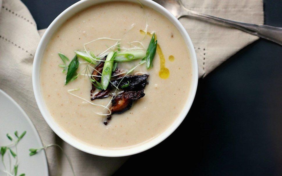 Krémová polévka s houbami shiitake podle Metabolic Balance